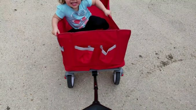 Collapsible Radio Flyer Wagon Test with kid
